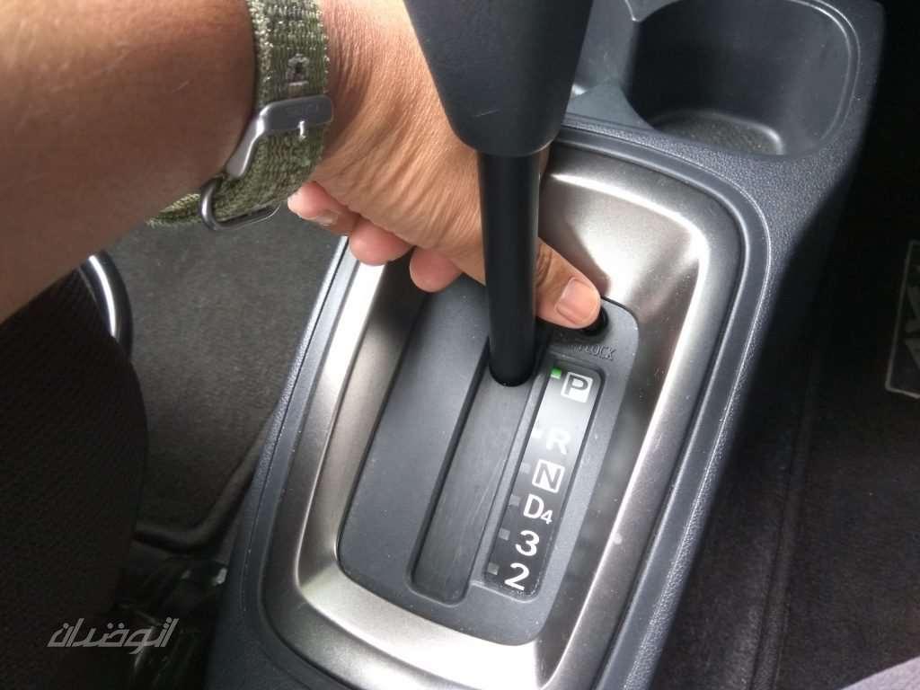 دکمه shift lock release